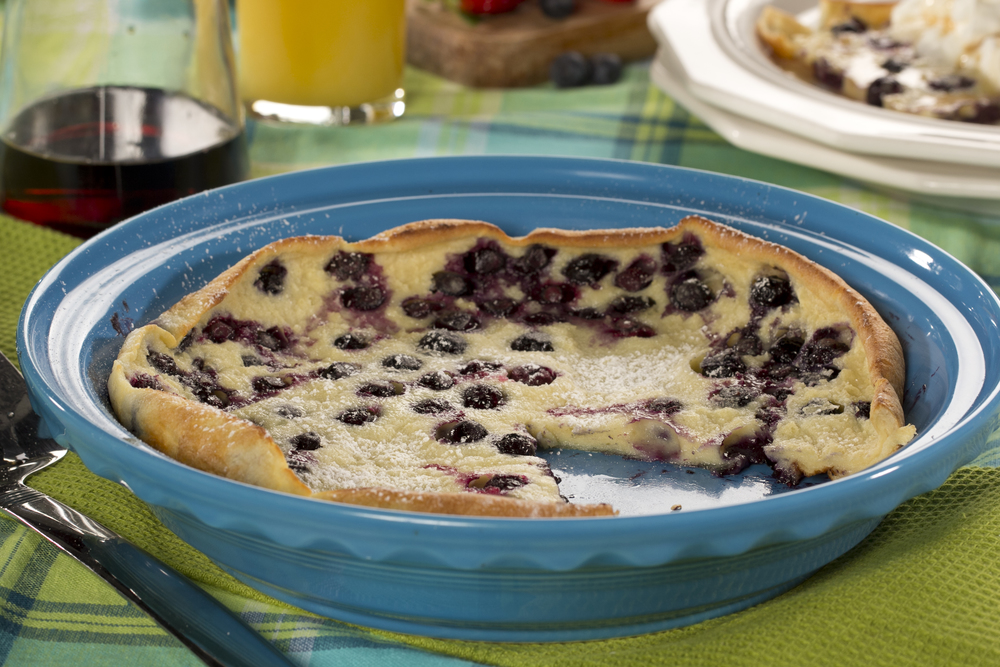 21 traditional german recipes you cant miss mrfood dessert for breakfast right in germany blueberry dutch pancake forumfinder Choice Image