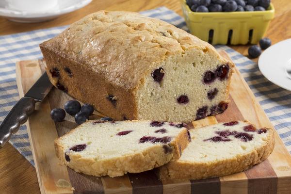 Blueberry Pound Cake | mrfood.com