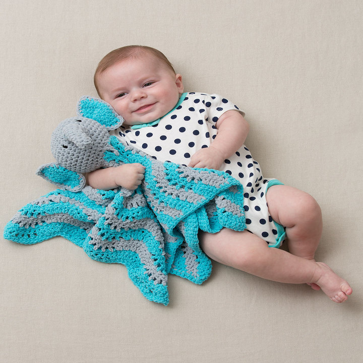 Crochet Pattern For Elephant Blanket : Little Elephant Baby Blanket Crochet Pattern ...