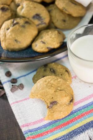 Low-Carb Cloud Cookies