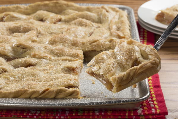 Apple Slab Pie | MrFood.com
