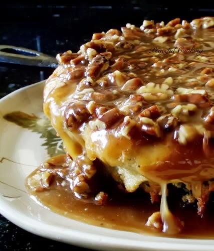 Pecan Praline Skillet Cake