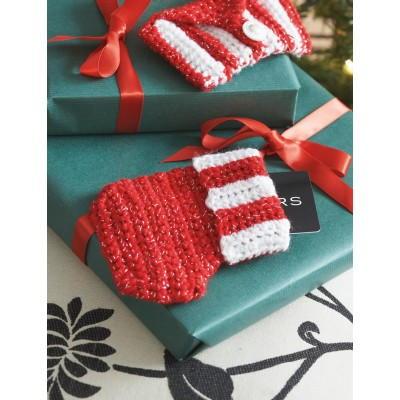 Free Crochet Pattern Gift Card : Little Gift Card Stocking AllFreeCrochet.com