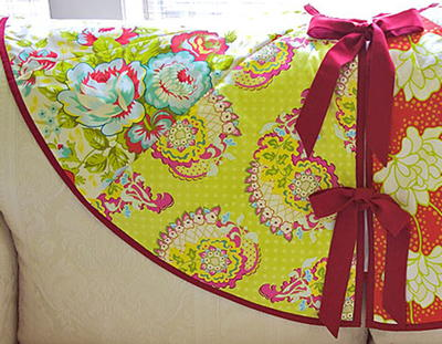 Simply Quilted Patchwork Tree Skirt