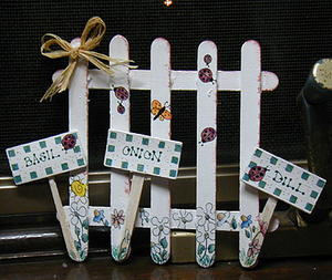 Crafty Garden Fence