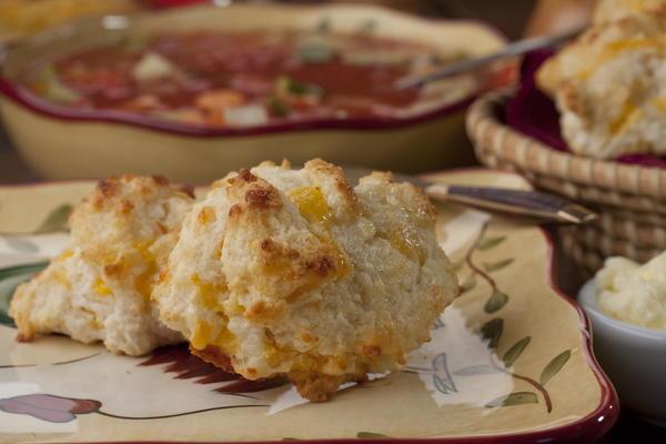 Garlic Cheddar Biscuits | MrFood.com