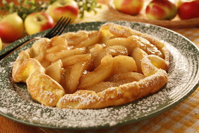 Dutch Apple Pancakes