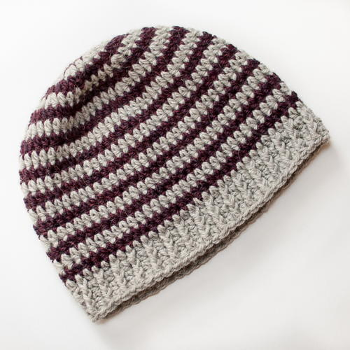 Crochet Stitches For Beanies : Basic Striped Crochet Hat Pattern