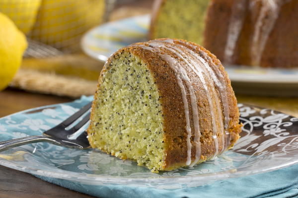 Lemon Poppy Seed Bundt Cake   MrFood.com
