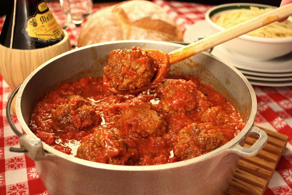 Meatballs and sunday sauce mrfood forumfinder Choice Image