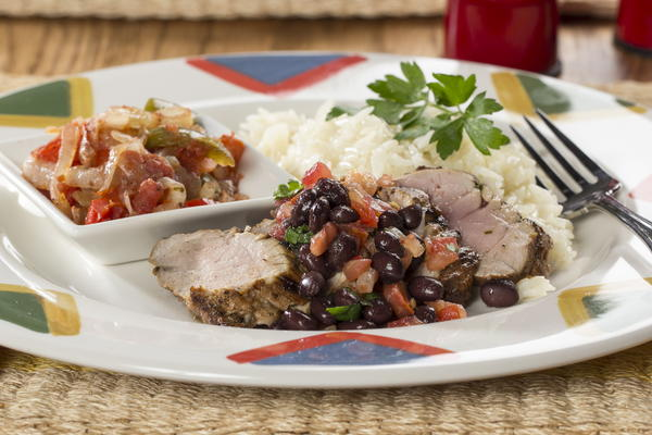 how to cook pork tenderloin with beans