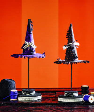 http://d2droglu4qf8st.cloudfront.net/2015/09/235506/Witch-Hat-Topiary-Halloween-Centerpiece_Large400_ID-1177837.jpg?v=1177837