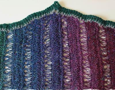 http://d2droglu4qf8st.cloudfront.net/2015/09/237300/Peacock-Stitch-Crochet-Shawlette-Pattern_Large400_ID-1199301.jpg?v=1199301