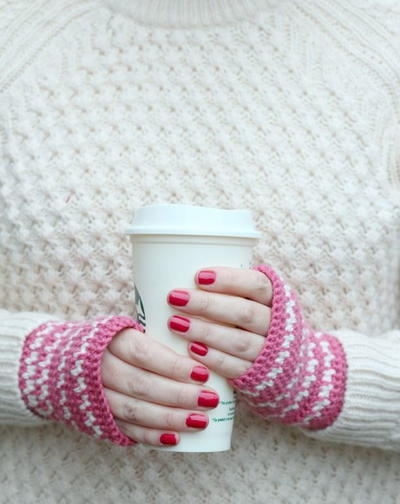 Super Sweet Crocheted Hand Warmers