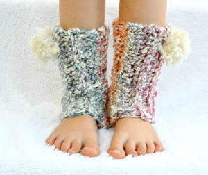 21 Fashionable Crochet Leg Warmers and Crochet Boot Cuff Patterns