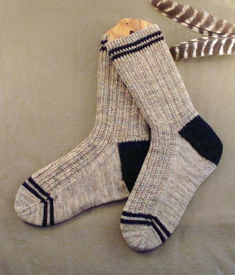 Sock Pattern Knitting : Mens Twin Rib Knit Sock Pattern
