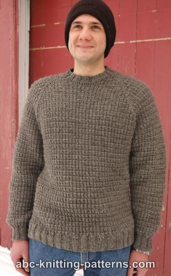 Free Knitting Pattern Mens Chunky Jumper : Mens Raglan Woodsy Sweater AllFreeKnitting.com