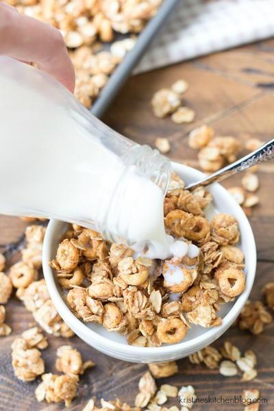 Peanut Butter and Honey Cheerios Granola | RecipeLion.com