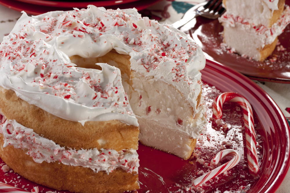 Top 10 peppermint recipes mrfood holiday cake forumfinder Image collections