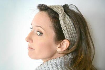 Ribbed Headband Knitting Pattern : Half Fisherman Ribbed Headband AllFreeKnitting.com