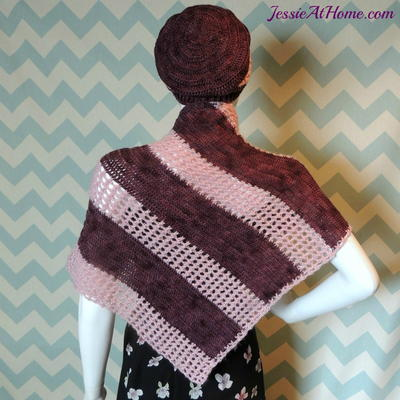http://d2droglu4qf8st.cloudfront.net/2015/12/246735/Amalthea-Crochet-Shawl-Pattern_Large400_ID-1309879.jpg?v=1309879