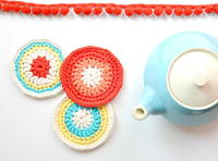 http://d2droglu4qf8st.cloudfront.net/2015/12/249511/Modern-Vintage-Crochet-Coasters_Small_ID-1344201.jpg?v=1344201