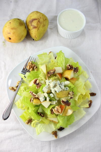 Pear Walnut and Gorgonzola Salad | FaveHealthyRecipes.com