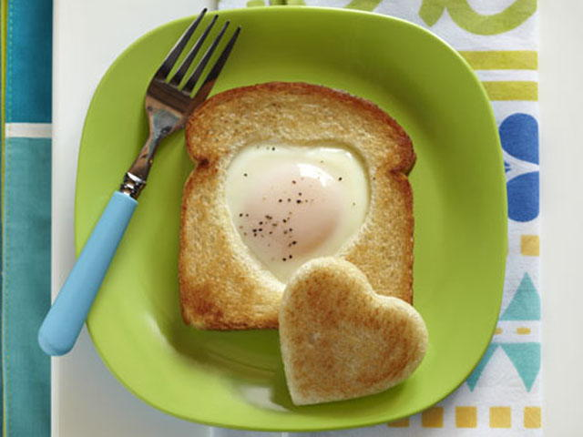 Cookie Cutter Toad-in-the-Hole | MrFood.com