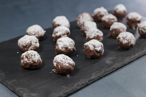 5-Minute No-Bake Nutella Brownie Bites