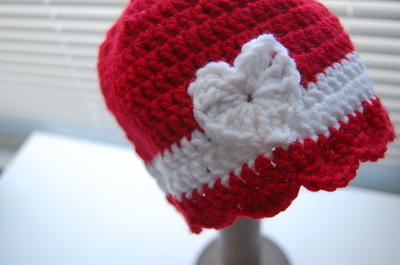 http://d2droglu4qf8st.cloudfront.net/2016/01/251237/Valentine-Crochet-Baby-Beanie_ArticleImage-CategoryPage_ID-1365085.jpg?v=1365085