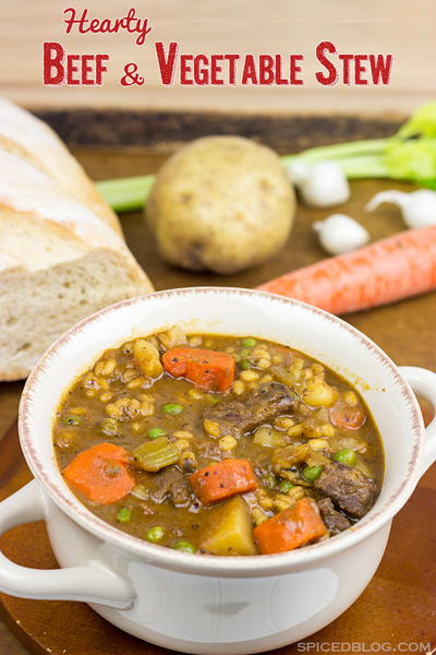 Hearty Beef and Vegetable Stew | RecipeLion.com