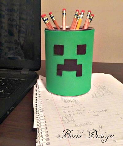 Easy Recycled Minecraft Creeper Fan Pencil Cup