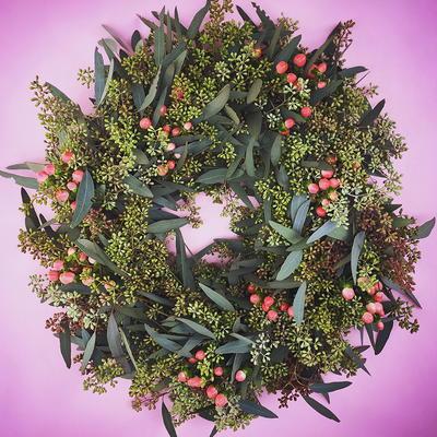 http://d2droglu4qf8st.cloudfront.net/2016/01/252593/Fresh-Foliage-Valentine-DIY-Wreath_Large400_ID-1381522.jpg?v=1381522