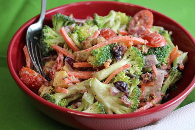 World's Best Broccoli Salad | FaveHealthyRecipes.com