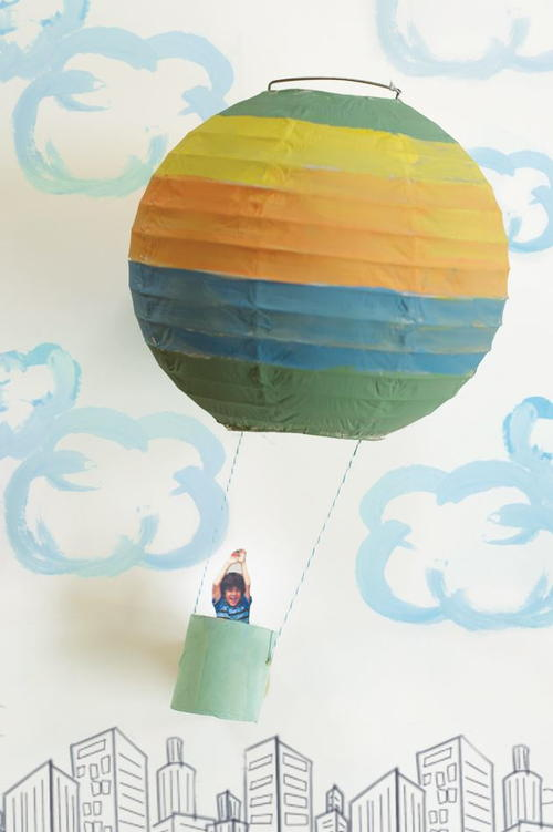 Paper lantern craft hot air balloon for Recycled paper lantern