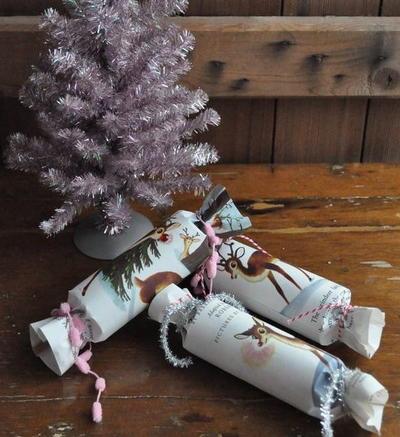 Old School Christmas Crackers