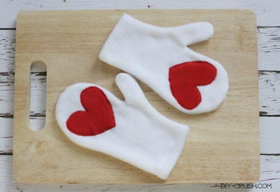 Heart Palms DIY Mittens
