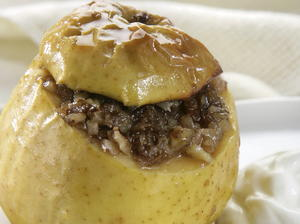 Spiced Baked Apple with Walnuts