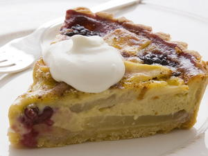 Apple-berry Tart