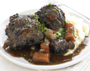 Braised Oxtail with Wine and Herbs