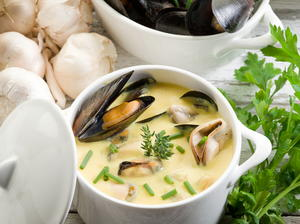 Mussel Soup with Saffron