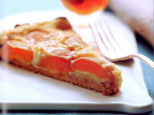 Fresh Apricot and Almond Tart