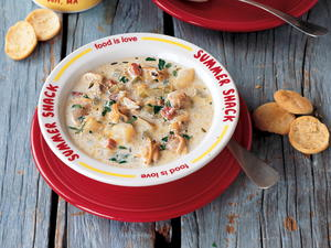 Creamy Cape Cod Clam Chowder