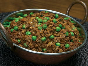 Spiced Crumbles with Peas