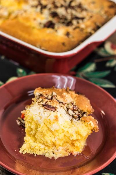 Easy Hawaiian Dump Cake