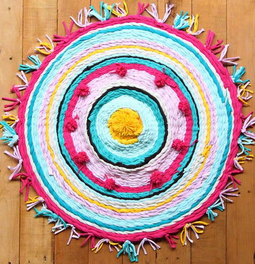 Rags-to-Rugs Craft