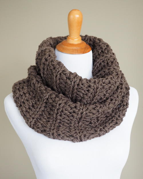 Outlander Cowl Crochet Pattern