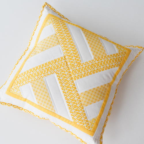 Diy Quilted Throw Pillow : Geometric Throw Pillow with Lapped Zip Back FaveQuilts.com