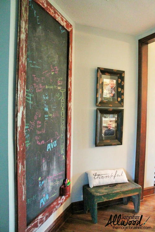 http://d2droglu4qf8st.cloudfront.net/2016/05/281593/Distressed-Wood-Chalkboard-Wall_Large500_ID-1665742.jpg?v=1665742