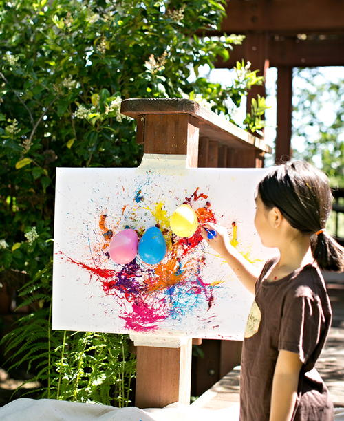 Balloon dart painting activity for Best paint for outdoor crafts